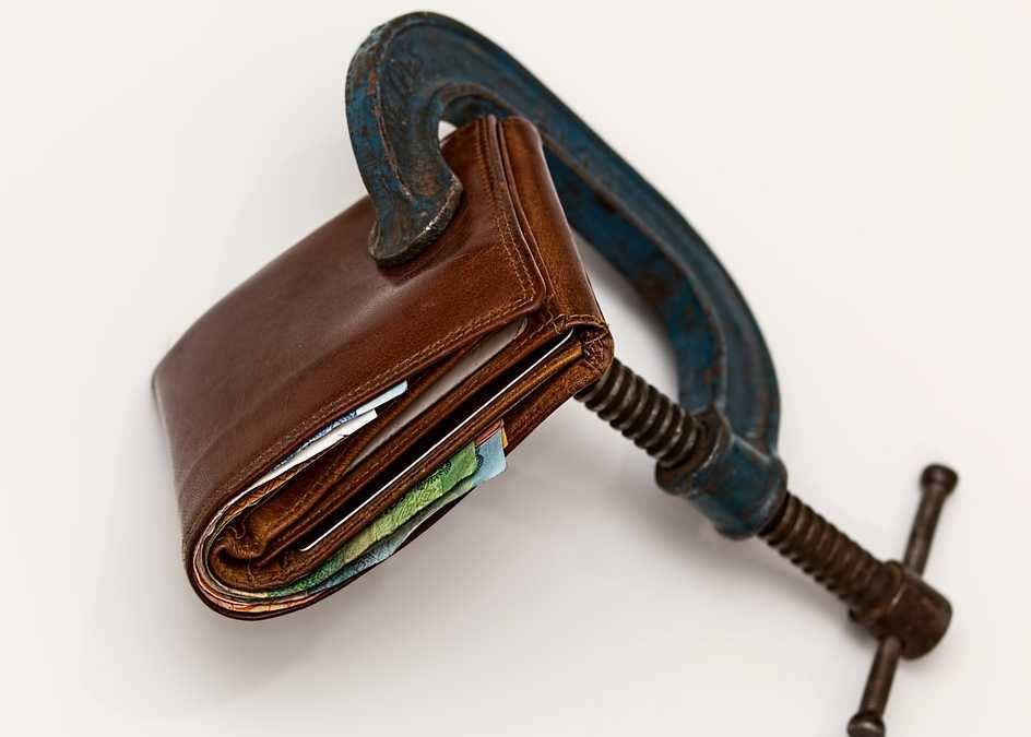 Manipulacja czy troska o budżet?